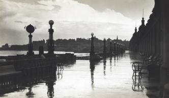 Foto: La Rambla Bristol un día de lluvia de 1920. Diario La Capital – Sección Fotos de Familia.